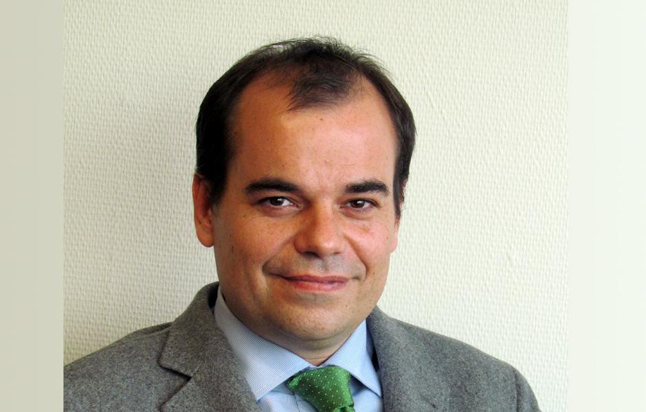 Francisco Olaya actualmente es el reponsable de comunicación y RSC del Metro de Madrid. Francisco se encarga de la dirección, definición y desarrollo de la ... - Francisco
